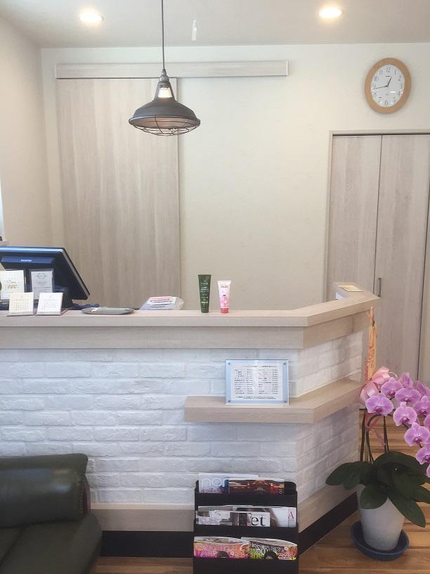 美容院 ヘアサロン 兵庫県宝塚市 ポエム美容室 ウェーブ・カラー・カット